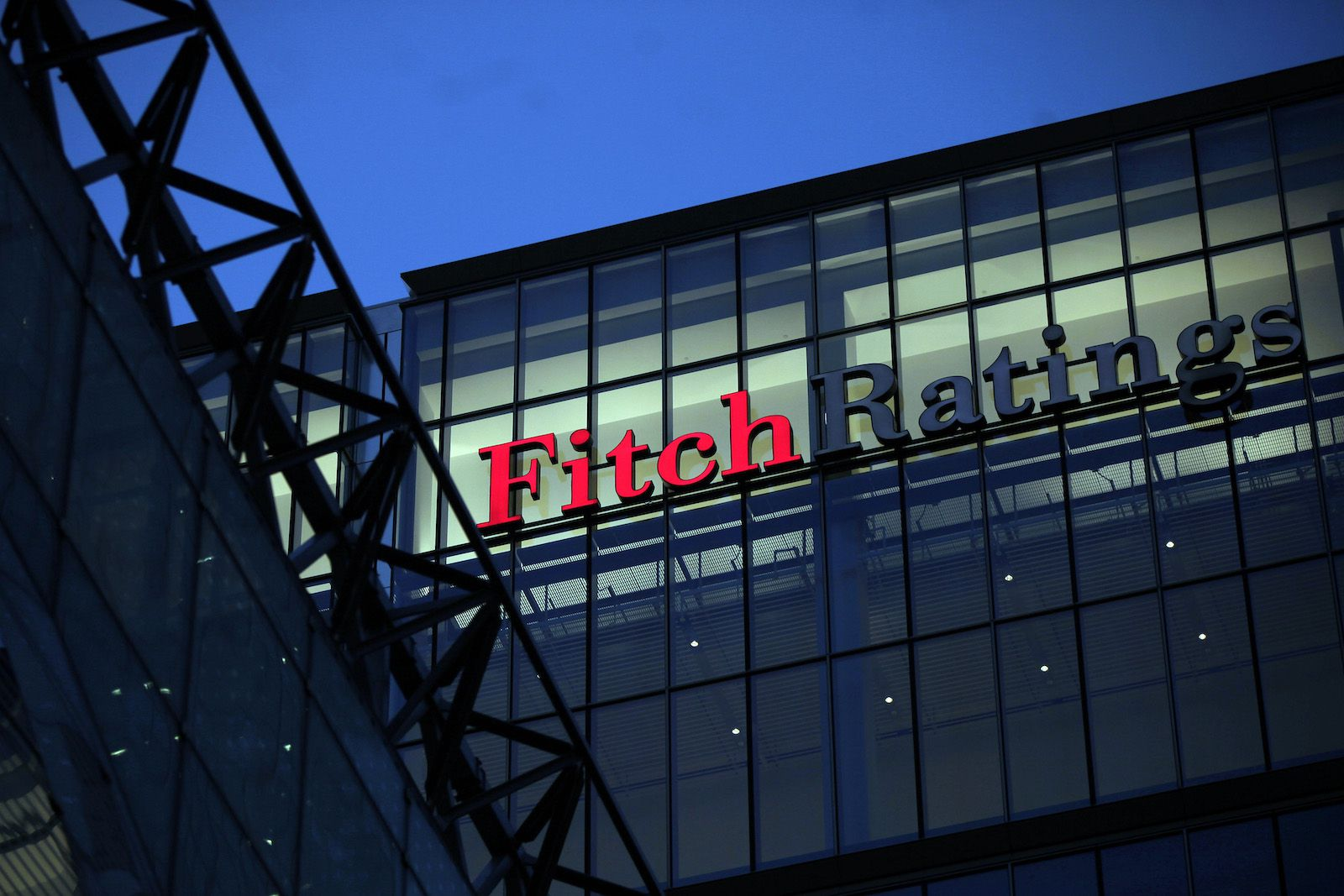 Stablecoins Like Tether Could Pose New Risks to Securities Markets, Warns Fitch