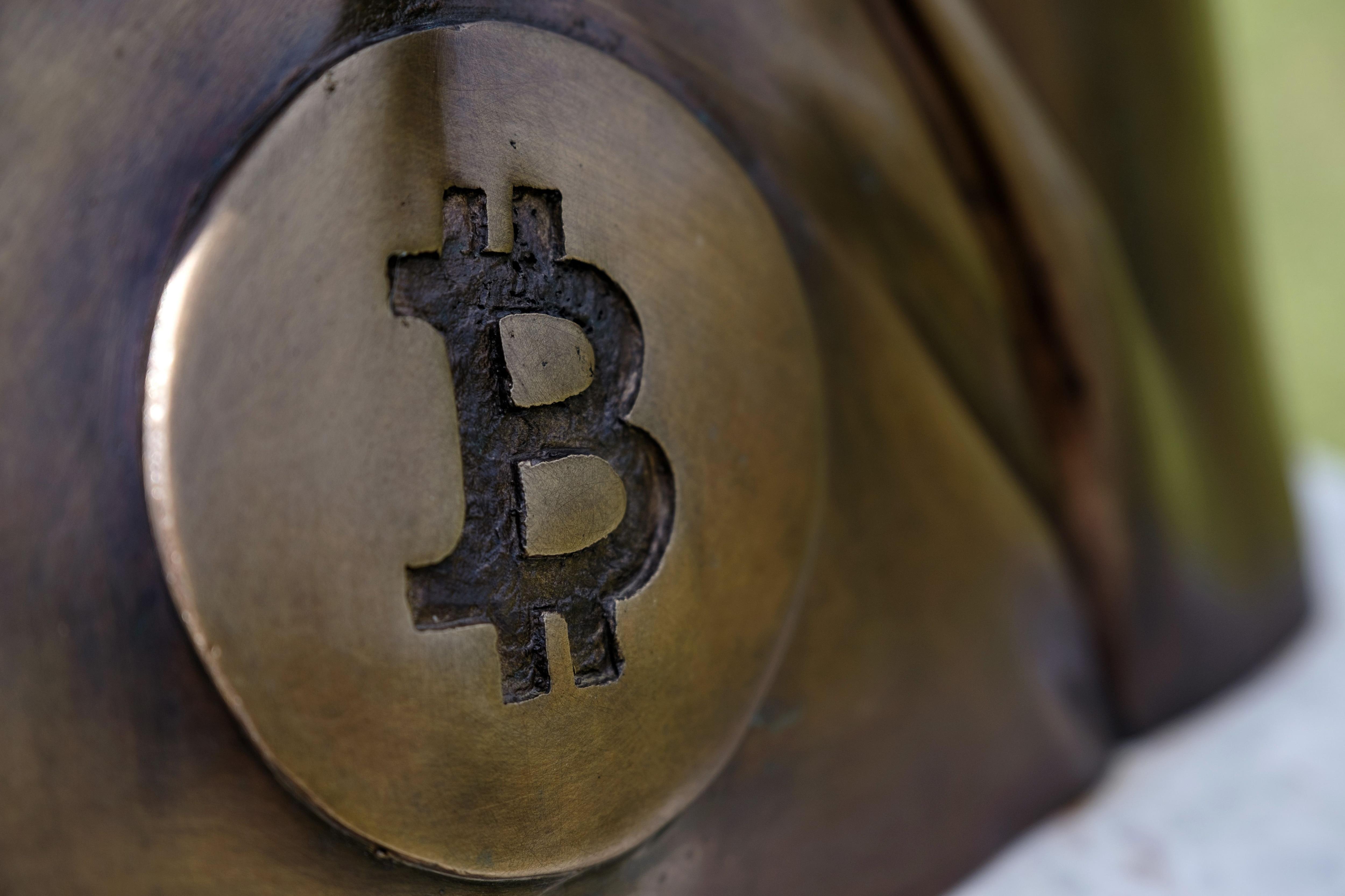 China's Latest Crypto Crackdown Draws Yawns From Bitcoin Market Vets